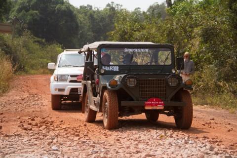 Per jeep dwars door Cambodja (3)